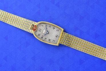 Đồng hồ Mido thuộc sở hữu của Ettore Bugatti có giá 272.800 Euro.