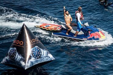 MIDO và Red Bull Cliff Diving